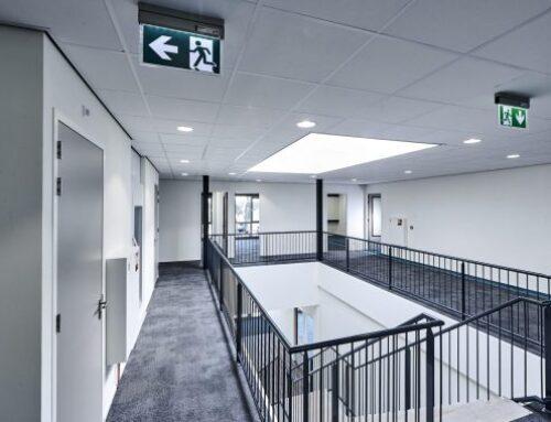 April ~ Wat is de reden achter grote prijsverschillen tussen plafondplaten?